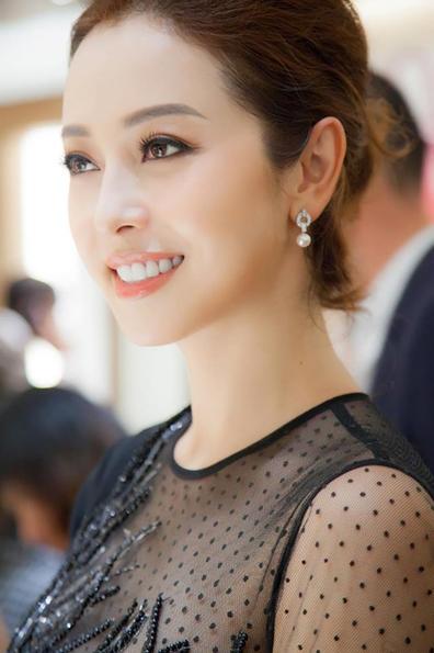 Phát hiện địa chỉ nâng tầm nhan sắc của Hoa hậu Jennifer Phạm - Ảnh 6