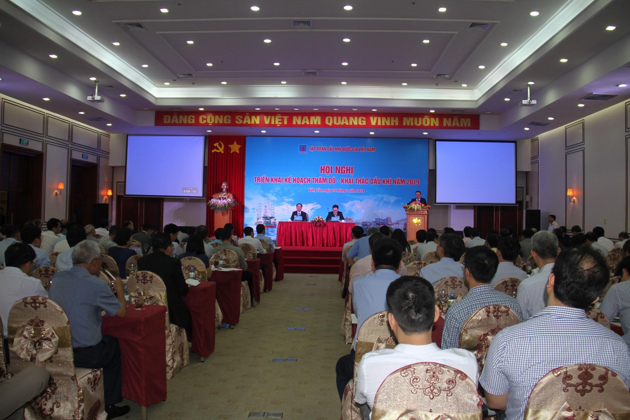 PVN tổ chức hội nghị thăm dò, khai thác năm 2019 - Ảnh 1