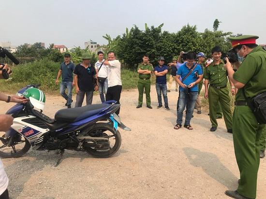 Thực nghiệm hiện trường vụ nam sinh chạy Grab bị sát hại ở Hà Nội - Ảnh 2