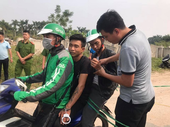 Thực nghiệm hiện trường vụ nam sinh chạy Grab bị sát hại ở Hà Nội - Ảnh 5