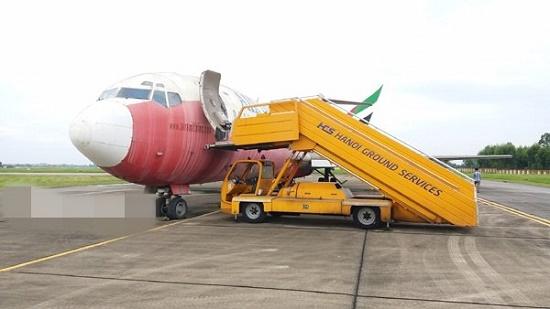 Đề nghị đổi 3 suất dưỡng lão lấy máy bay bỏ hoang ở Nội Bài - Ảnh 1