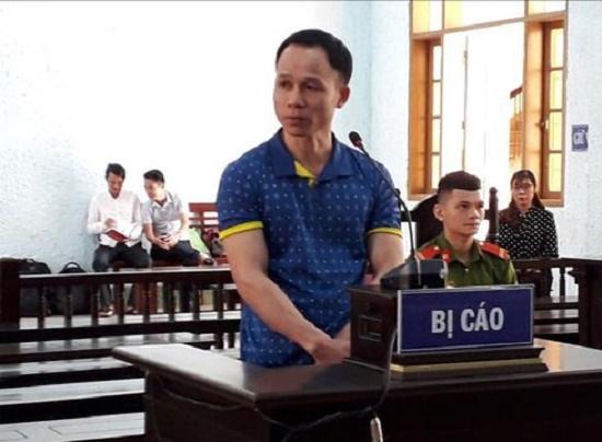 Tuyên phạt thầy giáo say rượu hiếp dâm nữ sinh 14 tuổi 8 năm 6 tháng tù - Ảnh 1