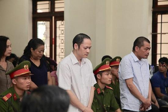 Vụ gian lận điểm thi ở Hà Giang: Cựu Phó giám đốc Sở GD-ĐT Triệu Thị Chính lĩnh 2 năm tù - Ảnh 1