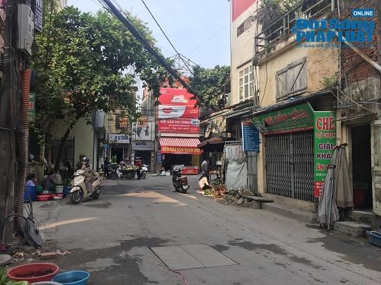 Vụ cháy công ty Rạng Đông: Phố Hạ Đình đông đúc sau nhiều ngày vắng vẻ, người dân yên tâm về nhà - Ảnh 6