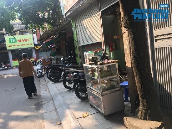 Vụ cháy công ty Rạng Đông: Phố Hạ Đình đông đúc sau nhiều ngày vắng vẻ, người dân yên tâm về nhà - Ảnh 12