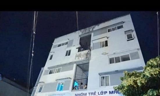 Tá hỏa phát hiện nam thanh niên tử vong trong tư thế treo cổ tại phòng trọ - Ảnh 1