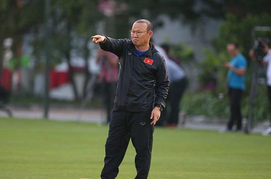 Động thái bất ngờ của HLV Park Hang Seo với truyền thông Thái Lan  - Ảnh 1