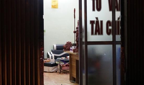 Vụ nam thanh niên bị chém tử vong ở tiệm cầm đồ: Nhân chứng bàng hoàng kể lại sự việc - Ảnh 1