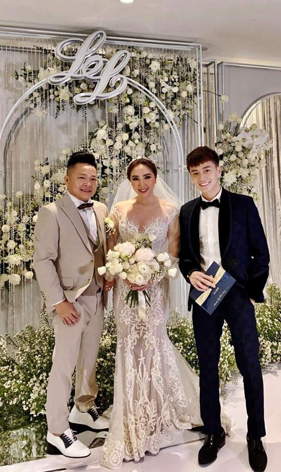 Những điểm đặc biệt bất ngờ của 3 chiếc váy Bảo Thy diện trong ngày cưới - Ảnh 4