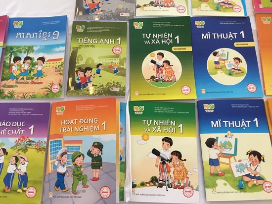 Bao giờ công bố các bộ sách giáo khoa lớp 1 mới? - Ảnh 1