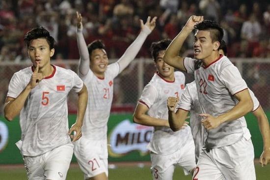 """Sau chiến thắng của thầy trò HLV Park Hang-seo, báo châu Á gọi Việt Nam là """"ông vua của Đông Nam Á"""" - Ảnh 1"""