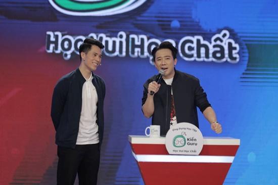 Trung vệ Đình Trọng lên đồ bảnh bao, bất ngờ tham gia chương trình truyền hình - Ảnh 4