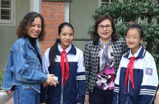 Hà Nội: Học sinh lớp 6 trả lại 20 triệu đồng cho người đánh rơi - Ảnh 1