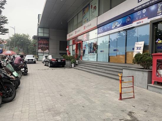 """Vụ người phụ nữ bị đánh tại trung tâm thương mại ở Hà Nội: """"Hắn chửi, nhục mạ tôi nên tôi có chửi lại"""" - Ảnh 1"""