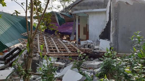 Xót xa gia cảnh các nạn nhân trong vụ nổ kinh hoàng làm 3 người thương vong ở Nghệ An - Ảnh 1