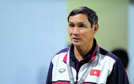 HLV Mai Đức Chung tiết lộ về thời điểm nhận thưởng của tuyển bóng đá nữ Việt Nam - Ảnh 1