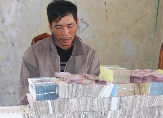 """Hà Tĩnh: Tên trộm liều lĩnh đột nhập nhà dân """"khoắng"""" gần 1 tỷ đồng - Ảnh 1"""