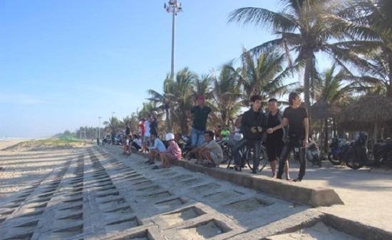 Tìm thấy thi thể du khách người nước ngoài mất tích trong lúc tắm biển ở Quảng Nam - Ảnh 1