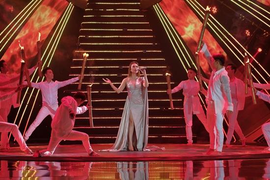 Đại tiệc âm nhạc VTV Newyear Concert chào 2020: Sắc màu hy vọng - Ảnh 2
