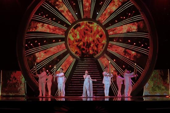 Đại tiệc âm nhạc VTV Newyear Concert chào 2020: Sắc màu hy vọng - Ảnh 7