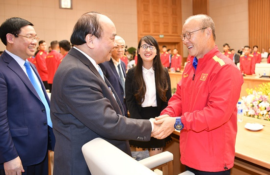 HLV Park Hang Seo và đoàn thể thao Việt Nam nhận thư động viên của Thủ tướng Nguyễn Xuân Phúc - Ảnh 1