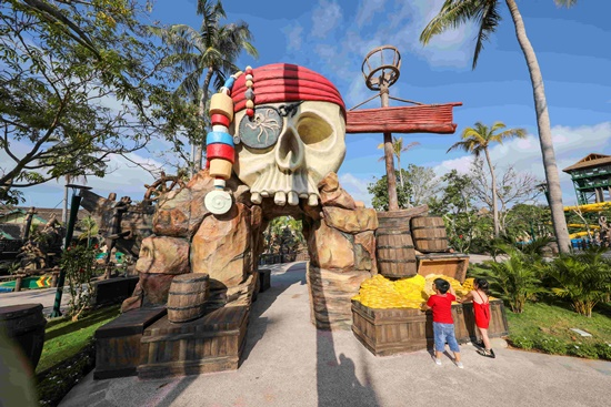 Phú Quốc chính thức ra mắt công viên nước theo chủ đề hiện đại nhất Đông Nam Á - Ảnh 2
