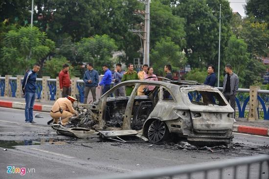 Thông tin mới nhất vụ nữ tài xế Mercedes gây tai nạn liên hoàn ở Hà Nội - Ảnh 1