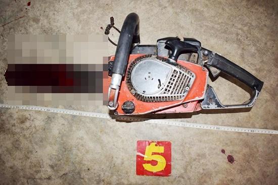 Vụ người đàn ông dùng cưa cắt cổ tử vong: Vợ cũ tiết lộ điều bất ngờ - Ảnh 2