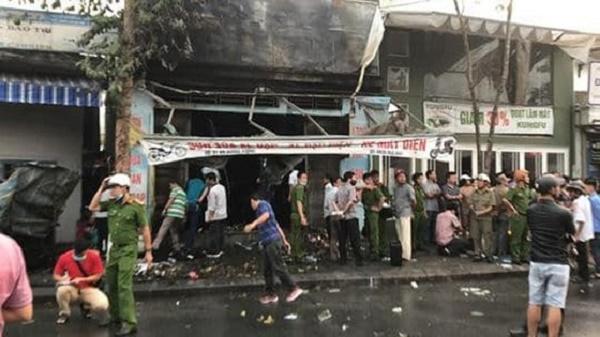 Hiện trường ngổn ngang vụ cháy cửa hàng xe điện ở Huế khiến 3 người tử vong - Ảnh 2