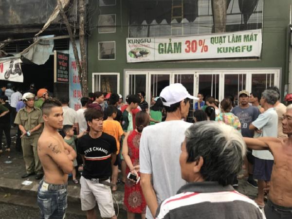 Hiện trường ngổn ngang vụ cháy cửa hàng xe điện ở Huế khiến 3 người tử vong - Ảnh 5