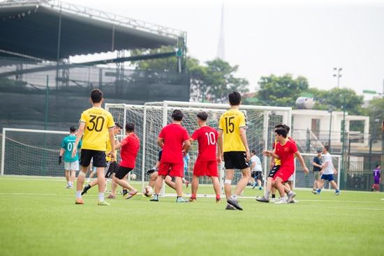 Hành trình đội bóng báo ĐSPL trước vòng bán kết gặp chủ nhà báo Nông thôn ngày nay - Ảnh 3