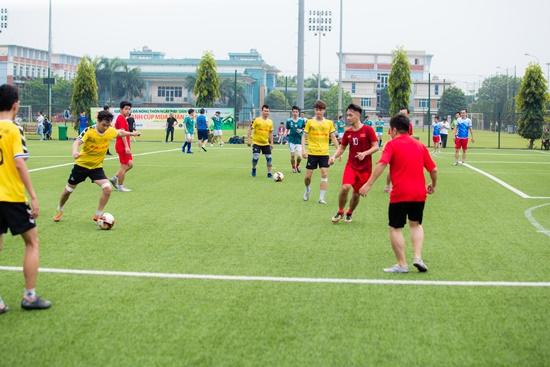 Hành trình đội bóng báo ĐSPL trước vòng bán kết gặp chủ nhà báo Nông thôn ngày nay - Ảnh 2