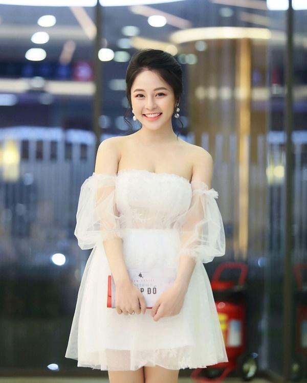 Hoàng Thùy Linh bất ngờ thay thế Trâm Anh trong sitcom Siêu quậy - Ảnh 1