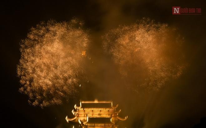 Mãn nhãn ngắm nhìn dàn pháo hoa tại Đại lễ Phật đản Vesak 2019 - Ảnh 6