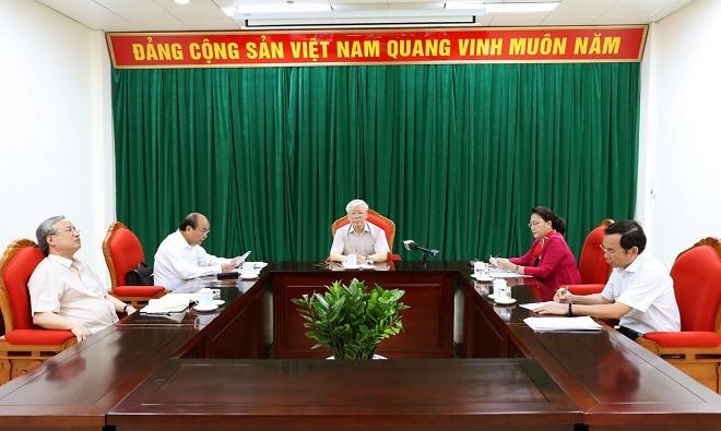 Chùm ảnh: Tổng Bí thư, Chủ tịch nước Nguyễn Phú Trọng chủ trì họp lãnh đạo chủ chốt - Ảnh 2