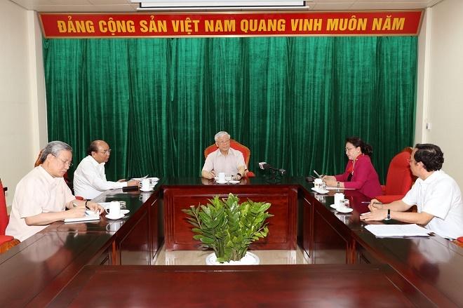 Chùm ảnh: Tổng Bí thư, Chủ tịch nước Nguyễn Phú Trọng chủ trì họp lãnh đạo chủ chốt - Ảnh 5