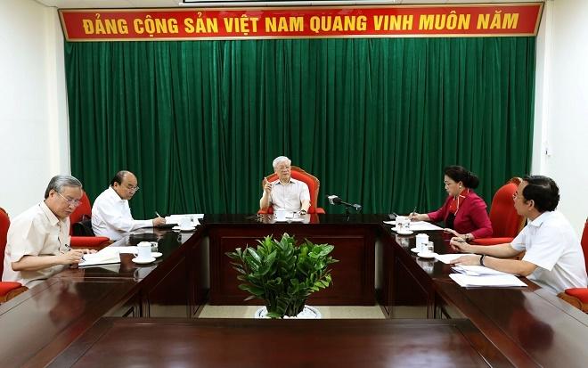 Chùm ảnh: Tổng Bí thư, Chủ tịch nước Nguyễn Phú Trọng chủ trì họp lãnh đạo chủ chốt - Ảnh 7
