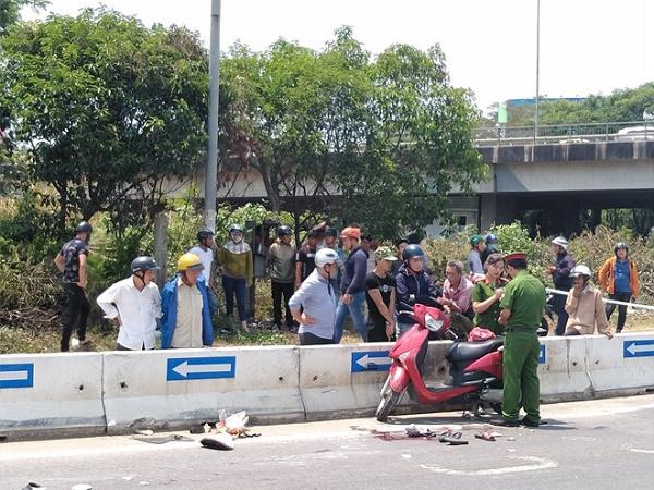 Đà Nẵng: Tai nạn kinh hoàng tại cầu Hòa Cầm, 2 người phụ nữ nguy kịch - Ảnh 1