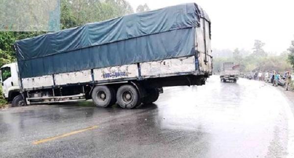 Nghệ An: Va chạm kinh hoàng trên quốc lộ 48, tài xế tử vong tại chỗ - Ảnh 3
