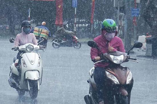 Tin tức dự báo thời tiết mới nóng nhất trong hôm nay 21/5/2019: Hà Nội có mưa rào và dông, đề phòng ngập úng - Ảnh 1