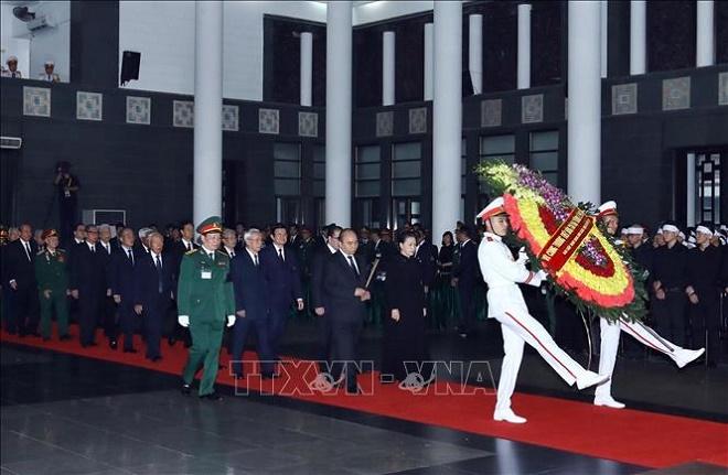 Cử hành trọng thể Lễ Quốc tang nguyên Chủ tịch nước, Đại tướng Lê Đức Anh - Ảnh 4