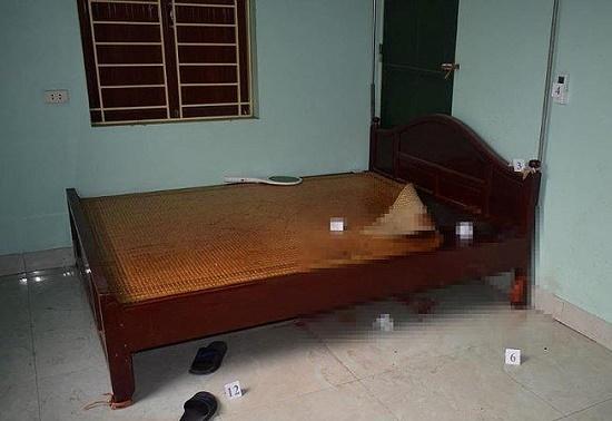 Bí ẩn người đàn ông chết bất thường trên giường với dây cao su trên cổ - Ảnh 1
