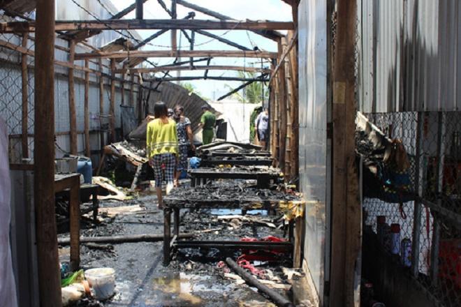 Cháy lớn do nổ bình ga thiêu rụi hoàn toàn 2 căn nhà tại Bạc Liêu - Ảnh 3
