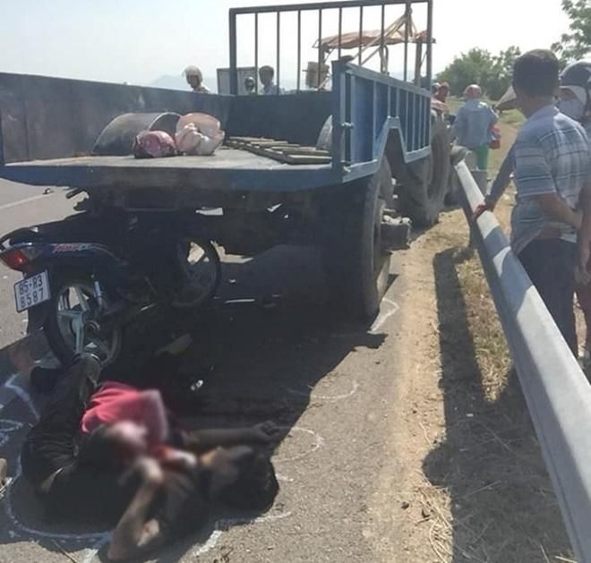 Yên Bái: Thanh niên 18 tuổi bị thương nặng vì tông vào xe tải đang đỗ - Ảnh 2