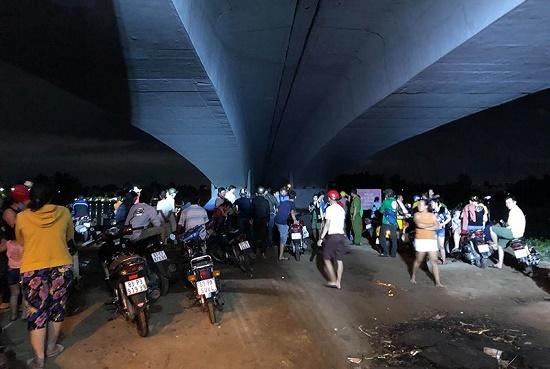 Trắng đêm tìm kiếm người đàn ông bỏ lại quần áo lội sông Sài Gòn rồi mất tích - Ảnh 1