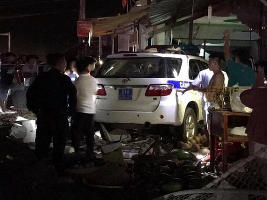 Đình chỉ công tác cán bộ lái xe CSGT tông chết tại Bình Dương - Ảnh 2