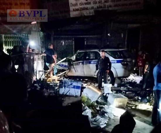 Điều tra vụ xe CSGT tông chết người bán trái cây ở Bình Dương - Ảnh 1