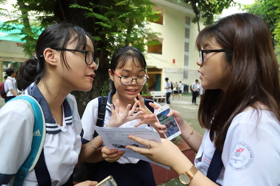 """Đề thi Văn lớp 10 tại TP.HCM: """"Đề năm nay quá hay, phù hợp chuẩn kiến thức"""" - Ảnh 3"""