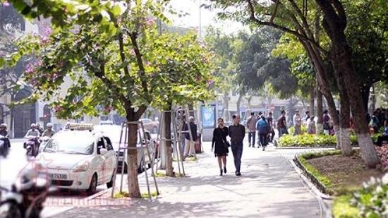 Tin tức dự báo thời tiết mới nhất hôm nay 6/6/2019: Hà Nội nắng rát, Nam Bộ mưa dông - Ảnh 1