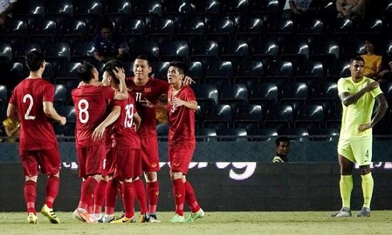 Việt Nam giành hạng 2 King's Cup, giữ vững Top 16 đội mạnh châu Á - Ảnh 2